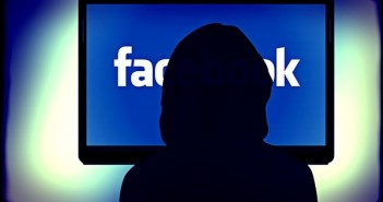 Facebook, is FB a good stock to buy, social media, privacy, New York County District Attorney's Office, Michael Fertik,