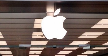 Apple, is AAPL a good stock to buy, iPhone 6, iWatch, iPad Air 2, Michael Andronico,